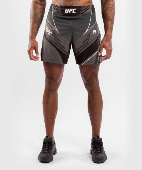 UFC VENUM AUTHENTIC FIGH紧身男格斗短裤 - 黑色的