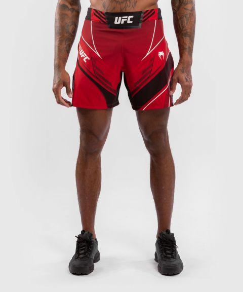 UFC VENUM AUTHENTIC FIGH紧身男格斗短裤 - 红色的