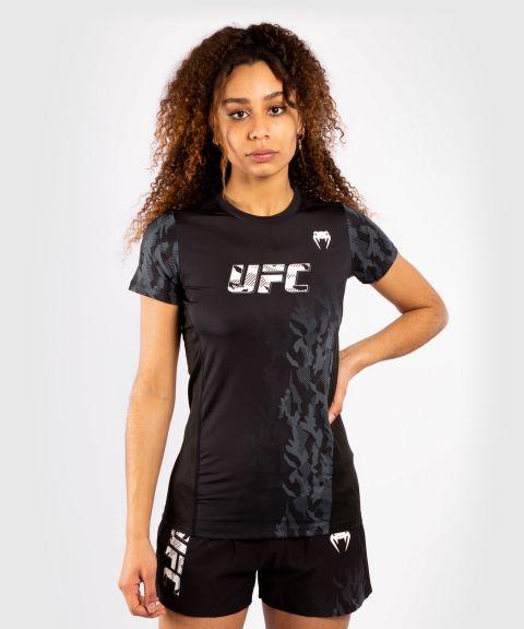 UFC VENUM AUTHENTIC格斗周女装功能短袖快干T恤 - 黑色的