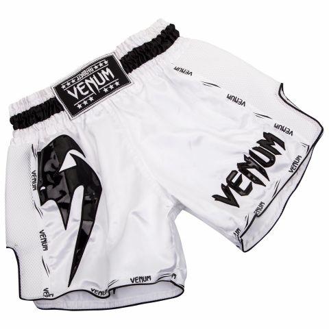 Venum Giant 泰拳短裤