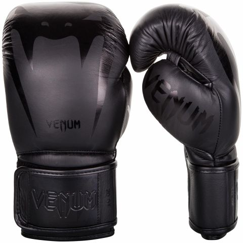 Venum Giant 3.0 拳击手套 - 头层牛皮 - 黑/黑