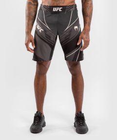 UFC VENUM AUTHENTIC搏击之夜男士短裤-长款 - 黑色的